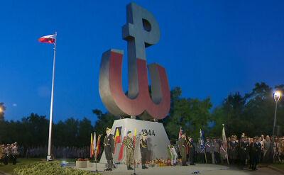 02.08.2017 | Zapłonął ogień na Kopcu Powstania Warszawskiego
