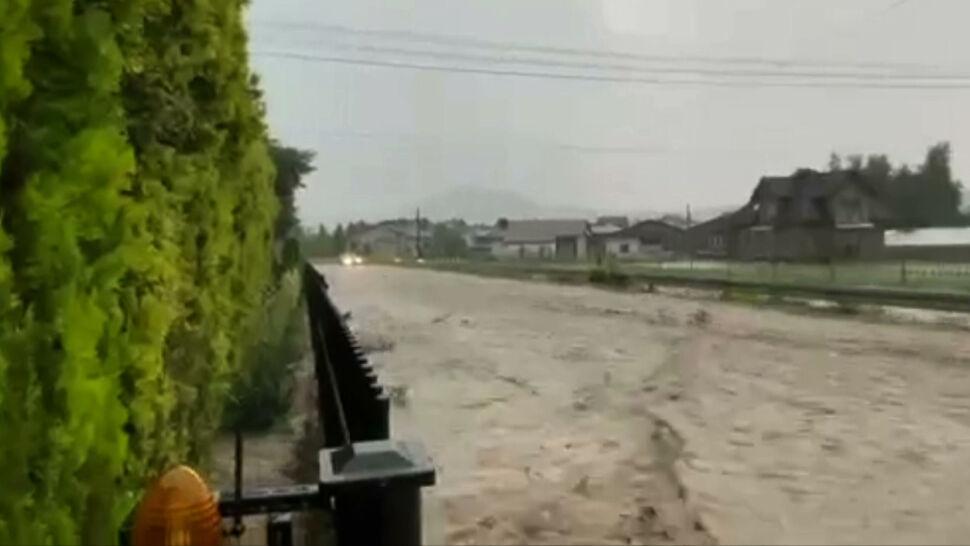 Podtopione domy, drogi jak rzeki. Burze przeszły przez Małopolskę