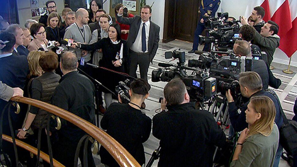 90 proc. ankietowanych popiera medialną kontrolę prac parlamentu. Czy PiS usłyszy ich głos?