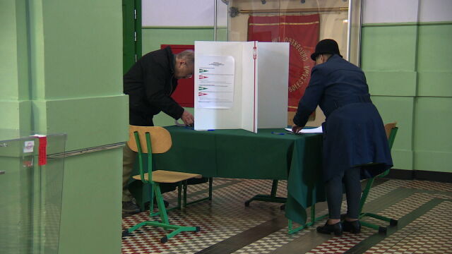 PiS and Civic Coalition both requested recount of Senate election votes in a number of constituencies