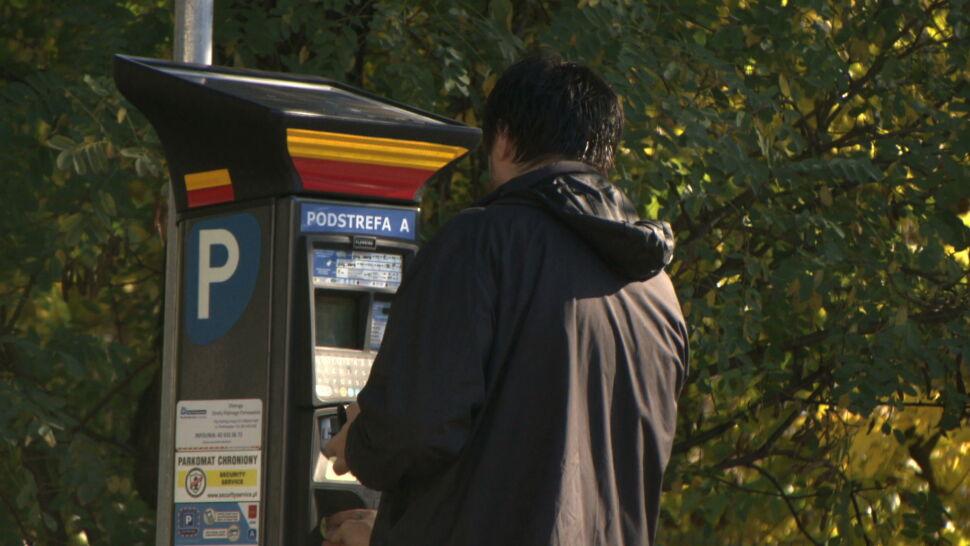 Z 50 złotych do 200 złotych. Łódź zwiększa kary za parkowanie bez biletu