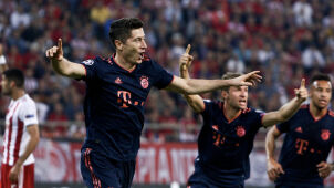 Bayern's goalmachine Robert Lewandowski scores for 12th straight game