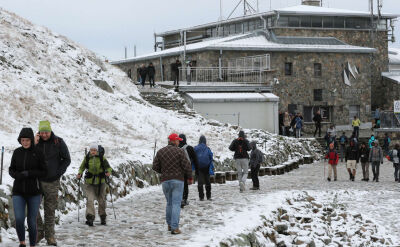 Nagłe załamanie pogody. Szkwały, śnieg i duży spadek temperatur
