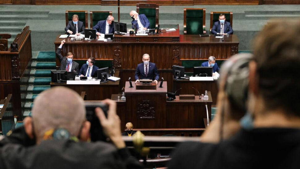 Sejm zdecydował w sprawie projektu ustawy covidowej. Większość poprawek opozycji odrzucono