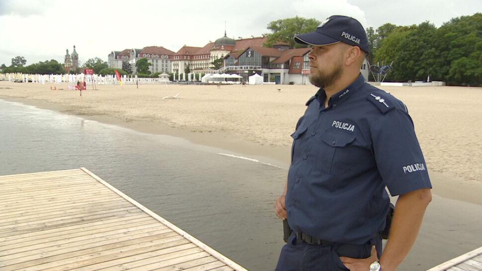 Policjanci uratowali trójkę tonących dzieci