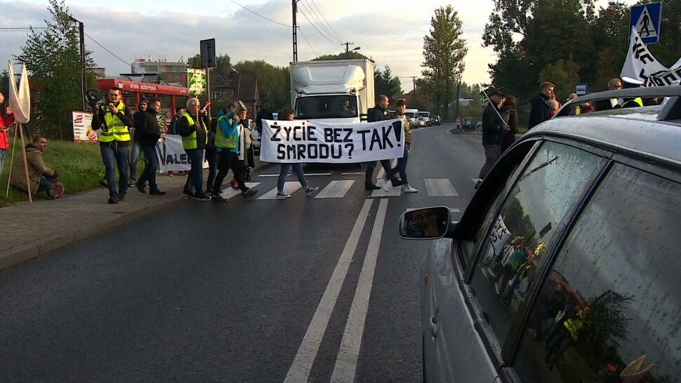 Uciążliwy smród w Skawinie. Mieszkańcy protestują na ulicach