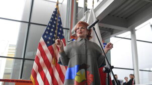 U.S. Ambassador celebrates first Poles going to America without visas